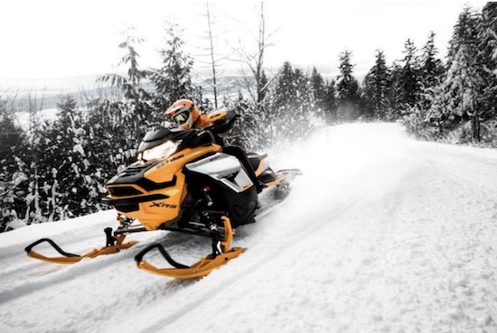 ultimate snowmobile vacation